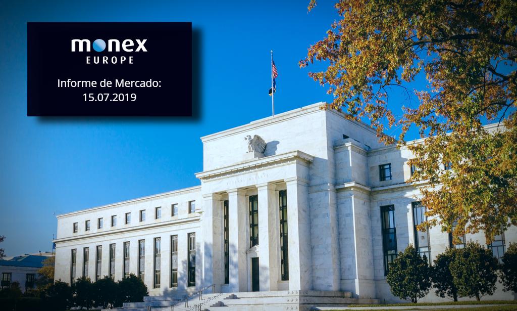 El dólar se enfrenta a más portavoces de la Fed esta semana