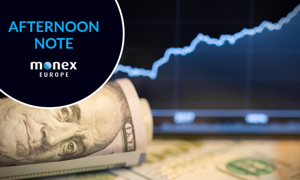 Dollar gains momentum amid fragile risk sentiment